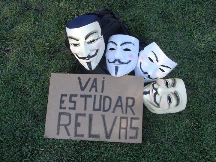 Grupo de Anonymous faz duas acções directas neste fim de semana