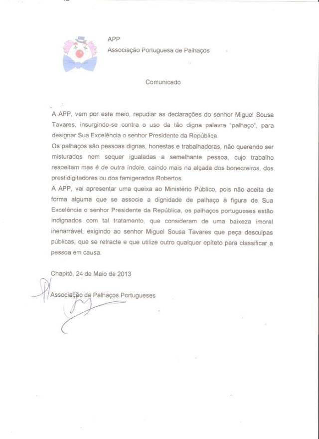 Palhaços ofendidos por Miguel Sousa Tavares e Portugueses ofendidos por Cavaco Silva