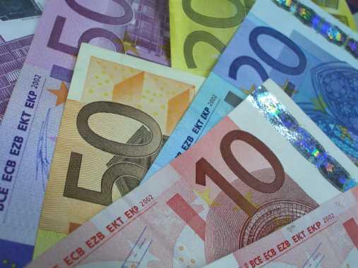 """Bloqueio bancário ao Tugaleaks com base na lei do """"financiamento ao terrorismo"""""""