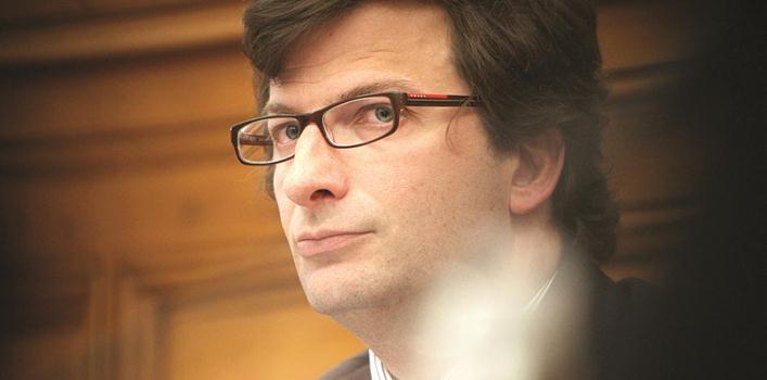 Presidente da agência que gere a dívida pública recebe 10 mil euros líquidos por mês
